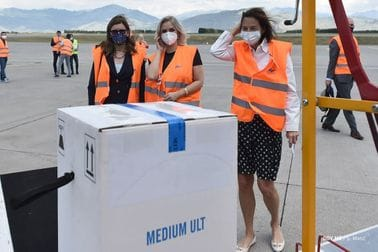 Stigao redovni kontingent Fajzer vakcina u Crnu Goru