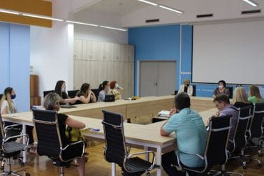 """Sastanak sa roditeljima učenika OŠ """"Vladimir Nazor"""""""