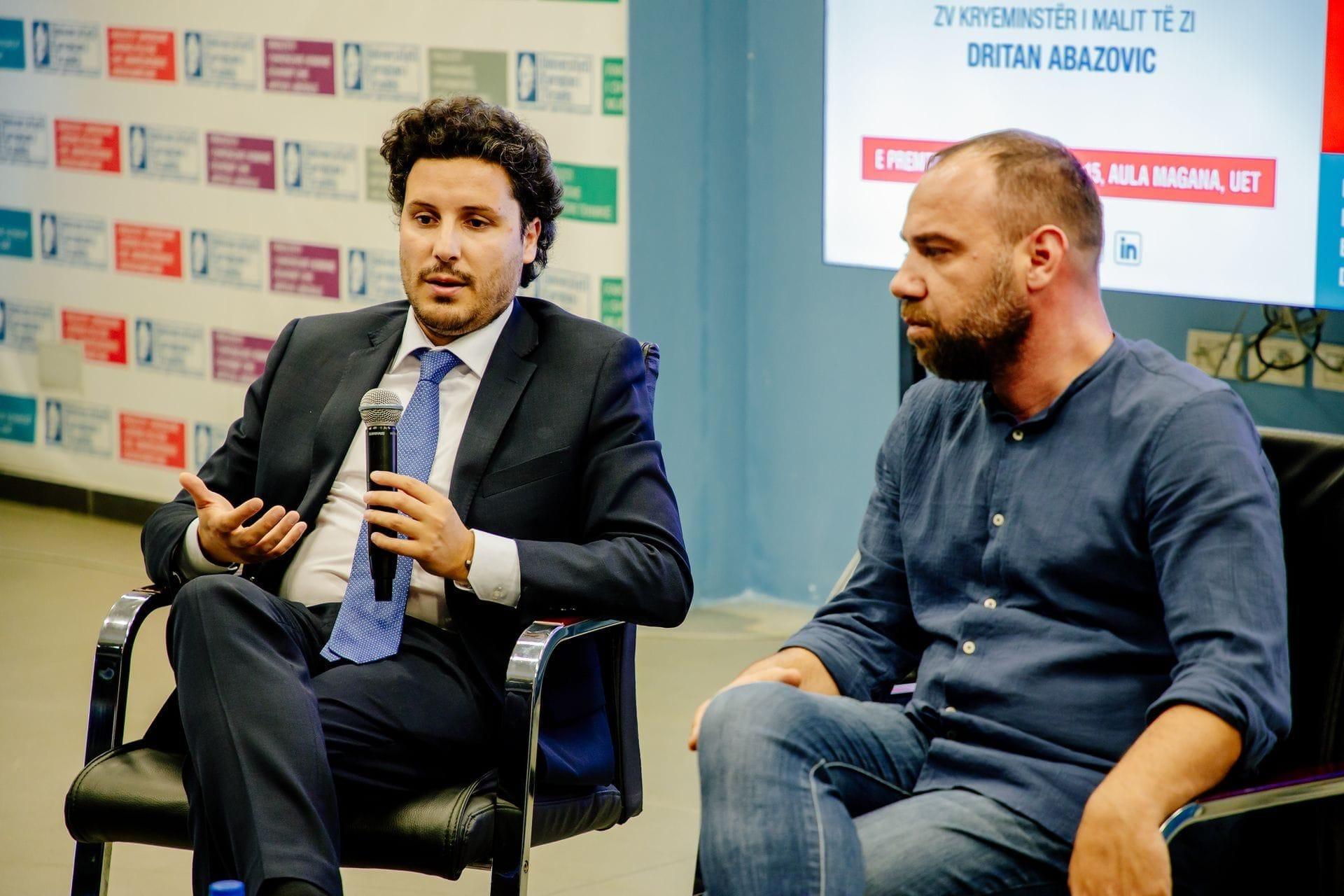 Dritan Abazović - predavanje na Evropskom Univerzitetu u Tirani