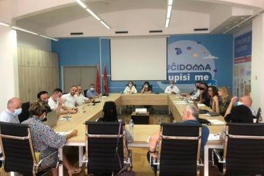 Радна група донијела конкретне закључке о начину реализације наставе од 1. септембра