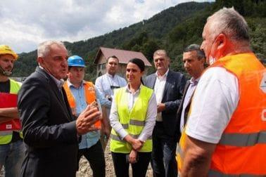 Ministar Ratko Mitrović obišao radove na izgradnji autoputa