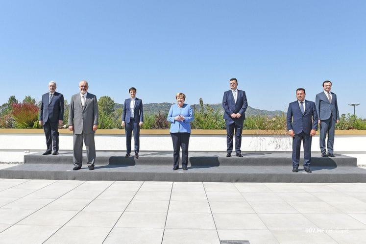 Premijer Krivokapić u Tirani sa Merkel i liderima Zapadnog Balkana