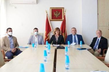 Posjeta prostorijama po mjeri djeteta u Osnovnom sudu i Osnovnom državnom tužilaštvu u Podgorici