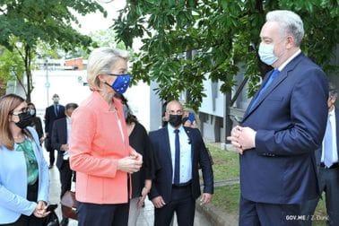 Premijer Krivokapić i predsjednica EK Fon der Lajen obišli Institut za javno zdravlje